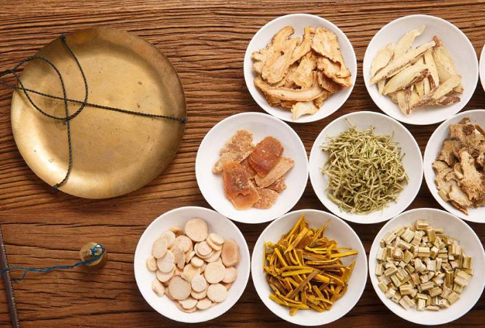 Aplicación de la energía de microondas en el procesamiento de la medicina tradicional china.