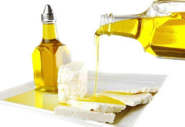 Estudio sobre el contenido de ácidos grasos trans en aceite vegetal comestible.